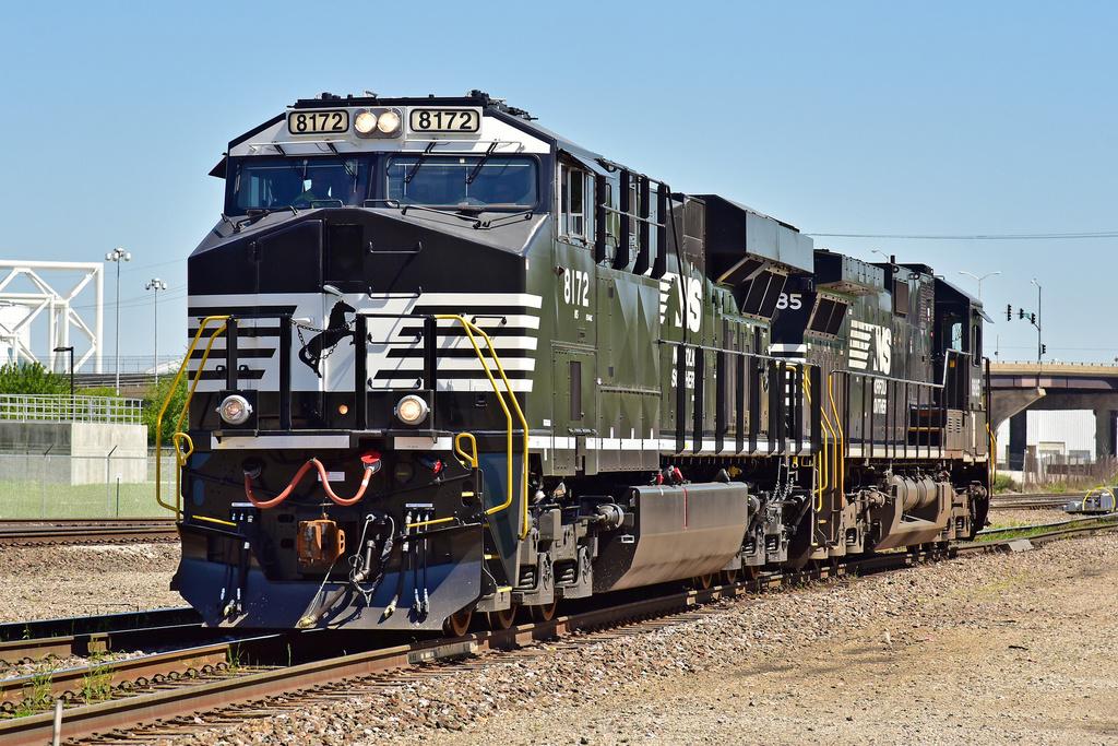 NS ES44AC 8172 / Kansas City, MO — Trainspo